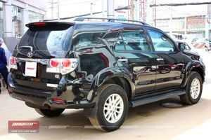 Toyota Fortuner AT 2012 - 6