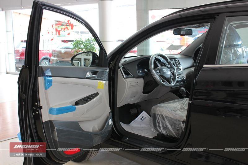 Hyundai Tucson 2.0L 2016 - 6