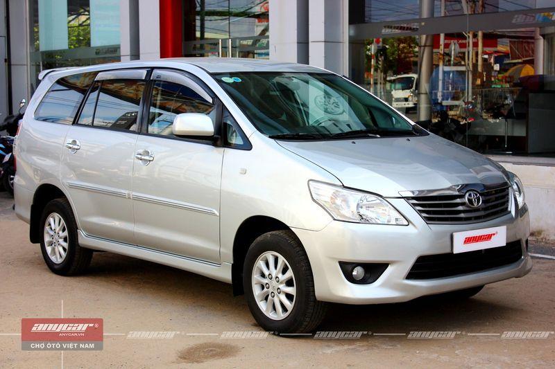 Thông tin cơ bản khi mua bán xe Toyota Innova E 2.0MT 2013