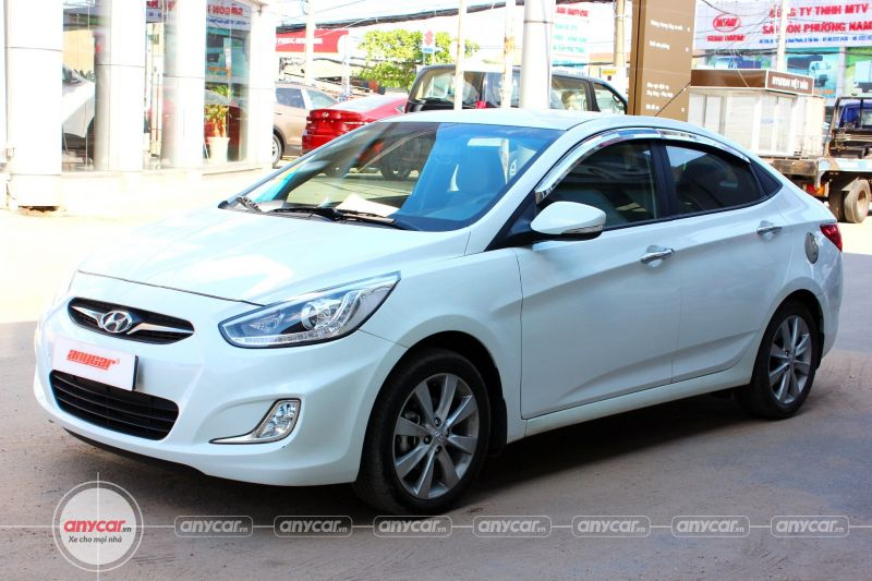 Hyundai Accent AT 2014 - 3