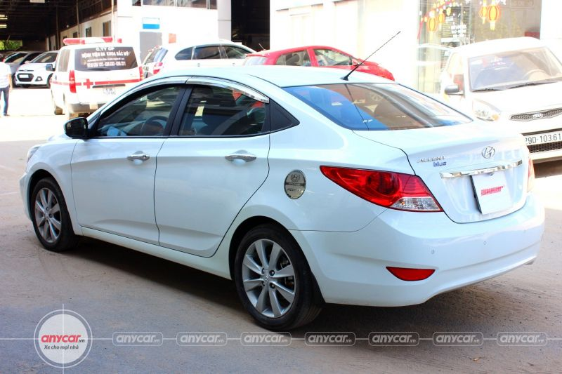 Hyundai Accent AT 2014 - 4