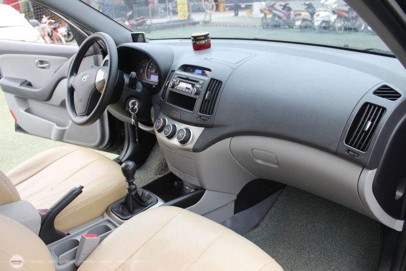Hyundai Avante 1.6MT  2012 - 7