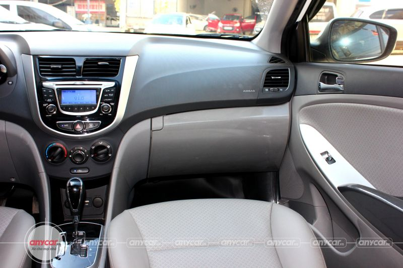Hyundai Accent AT 2014 - 19