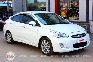 Hyundai Accent AT 2014 - 2