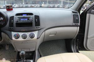 Hyundai Avante 1.6MT  2012 - 11