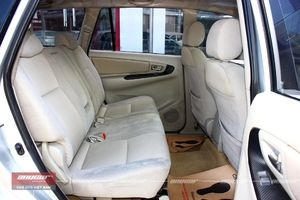 Toyota Innova MT 2015 - 15