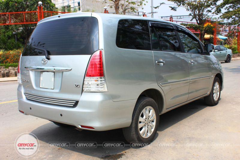 Toyota Innova AT 2008 - 5