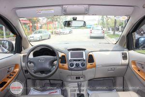 Toyota Innova AT 2008 - 14