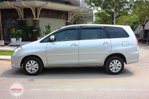 Toyota Innova AT 2008 - 3