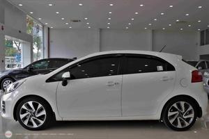 Kia Rio 1.4AT 2015 Hatchback - 4