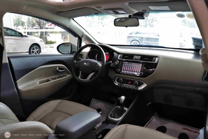 Kia Rio 1.4AT 2015 Hatchback - 15