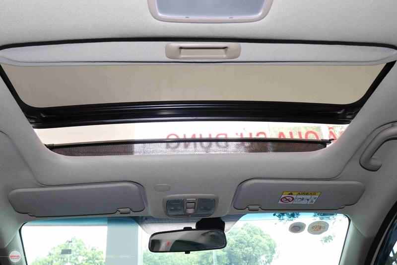 Kia Rio 1.4AT 2015 Hatchback - 16