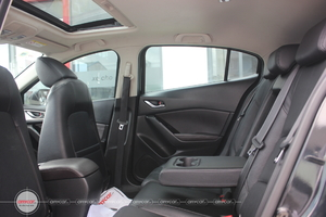 Mazda 3 HB Facelift 1.5AT 2017 - 12