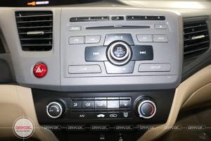 Honda Civic 1.8AT 2014 - 11