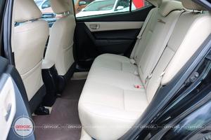 Toyota Corolla Altis 1.8AT 2015. - 12
