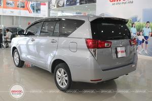 Toyota Innova 2.0E 2016 - 4