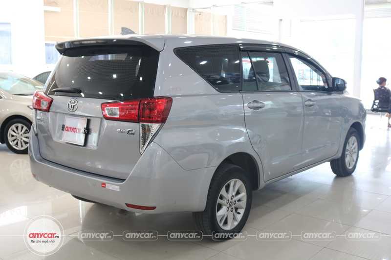 Toyota Innova 2.0E 2016 - 6