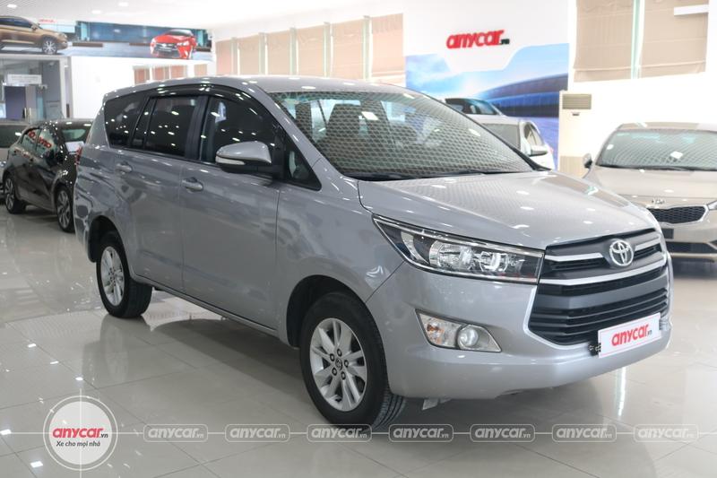 Toyota Innova 2.0E 2016 - 1