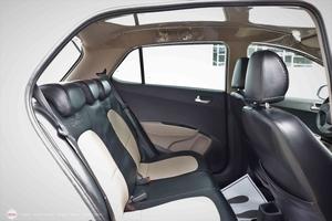 Hyundai i10 Grand 1.0AT 2015 - 9