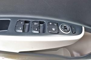 Hyundai i10 Grand 1.0AT 2015 - 14