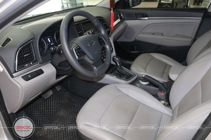 Hyundai Elantra 1.6AT 2016 - 1