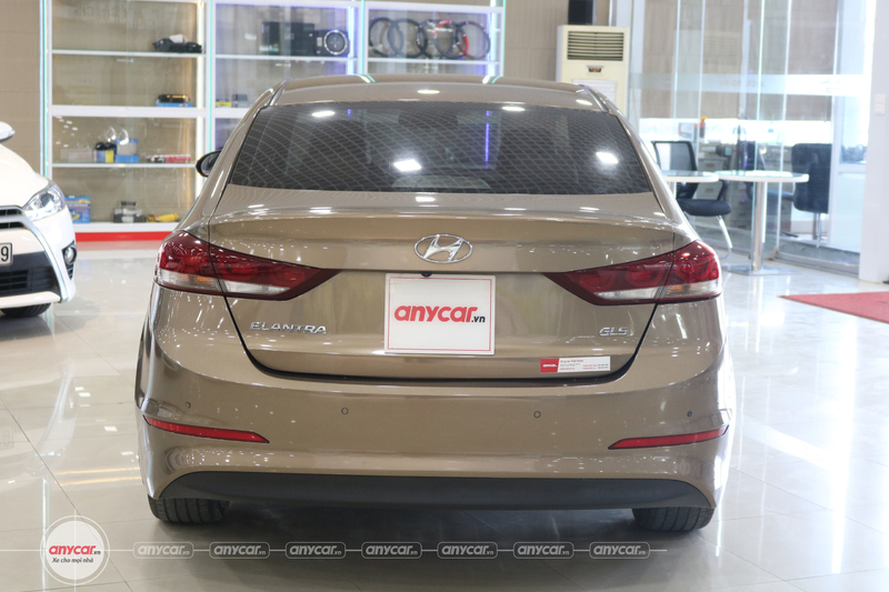 Hyundai Elantra 2.0AT 2016 - 5