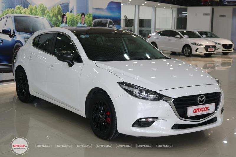 Mazda 3 Hatchback Facelift 1.5AT 2017