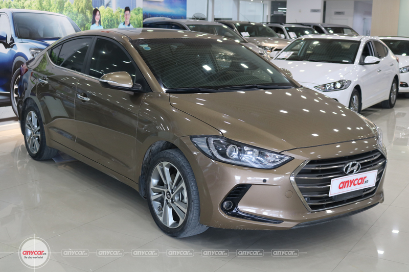 Hyundai Elantra 2.0AT 2016 - 1