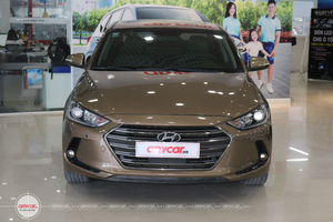 Hyundai Elantra 2.0AT 2016 - 2