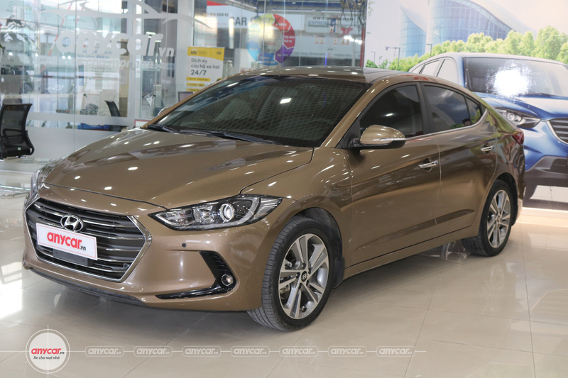 Hyundai Elantra 2.0AT 2016 - 3
