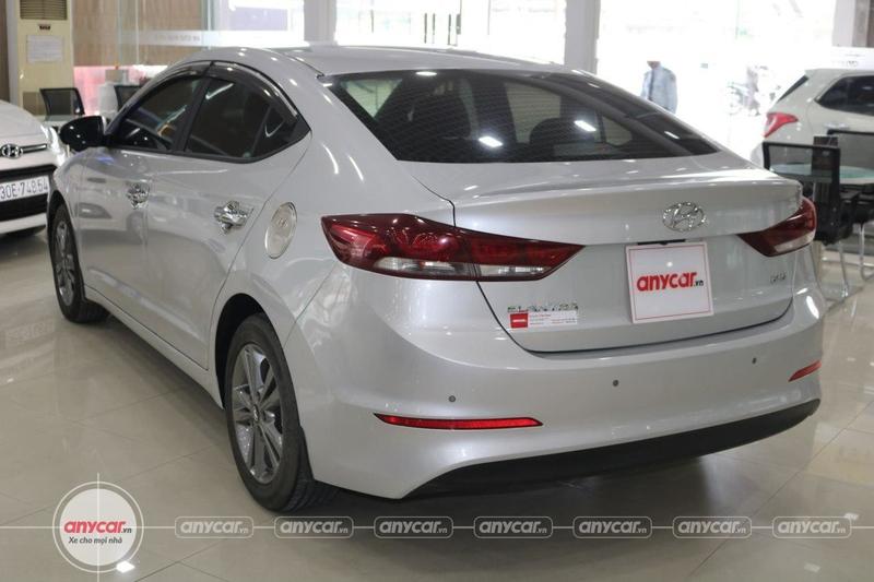 Hyundai Elantra 1.6AT 2016 - 8