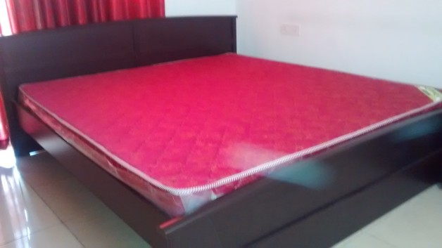 King Size Bed Matress From Damro For Sale Apnacomplex Classifieds