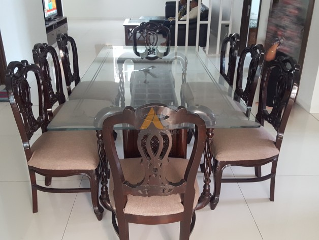 Grand 8 Seater Dining Table ApnaComplex Classifieds