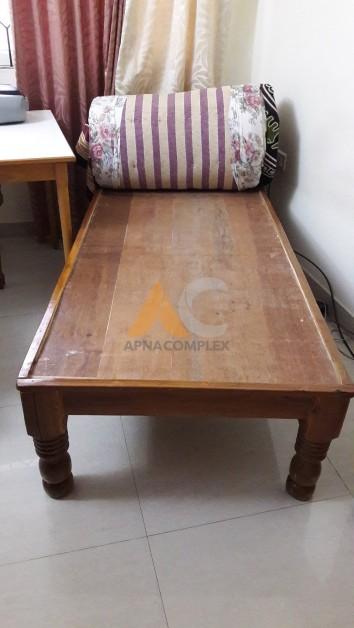 Wooden divan cot for sale apnacomplex classifieds for Divan for sale