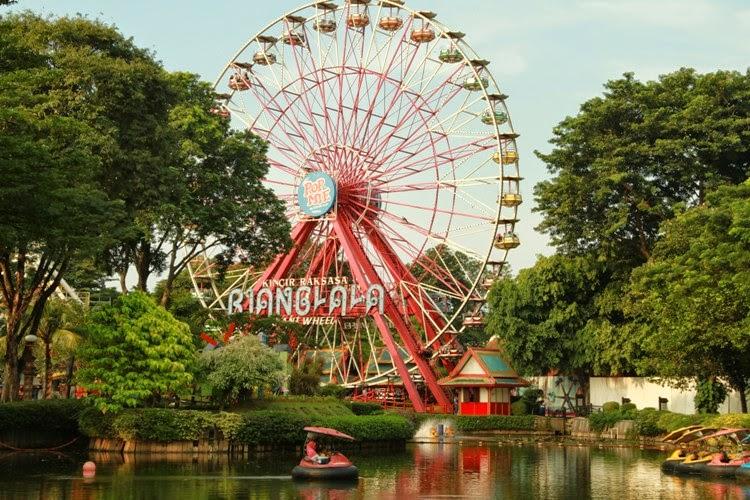 Dufan, Jakarta (Sumber: www.kompasiana.com)