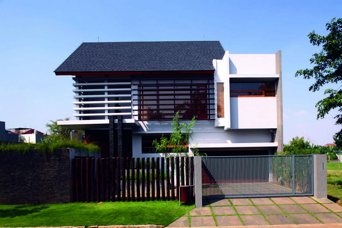 2 House karya HerryJ Architects (Sumber: arsitag.com)