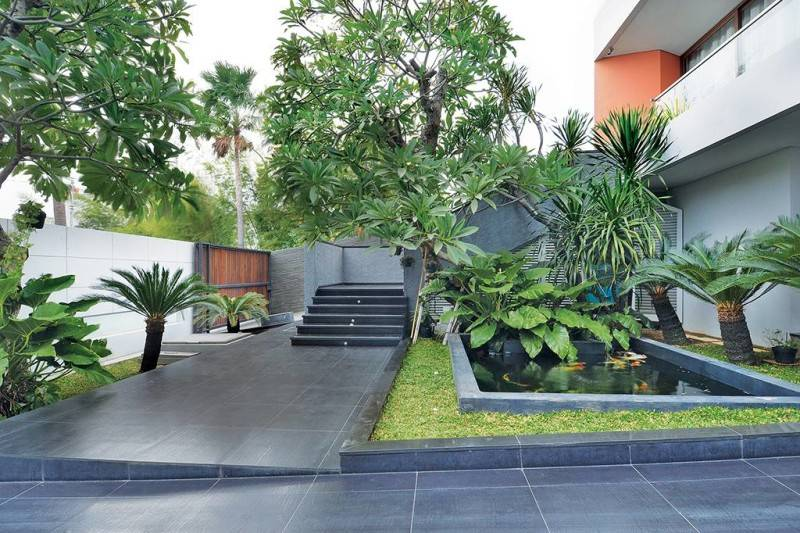 gbr 1 Green Garden