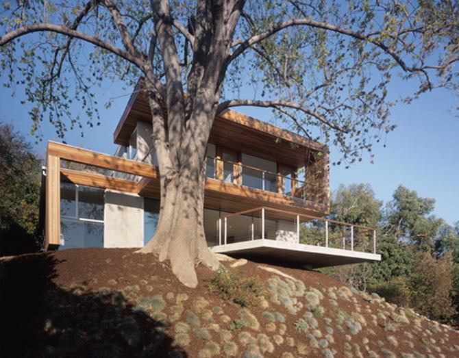 Rumah tebing karya Tonino (sumber : weebly.com )