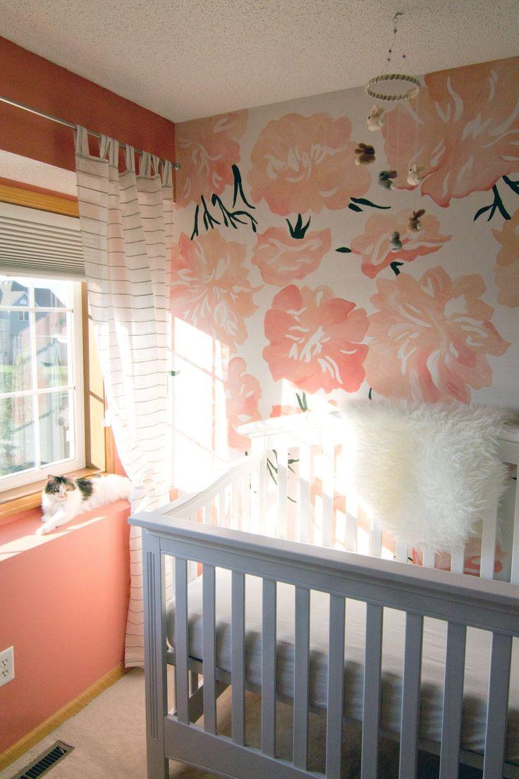 Nuansa peach dalam kamar tidur anak (Sumber: popsugar.com)