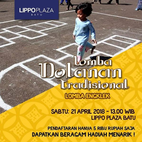 Traditional Dolanan Contest (Engklek) at Lippo Plaza Batu