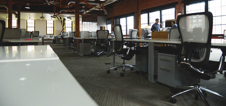 Sewa Kantor Membeli Peralatan Kantor