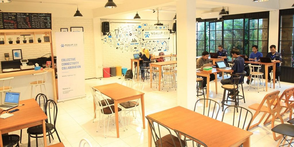 Co-working Space Berkonsep Kafe