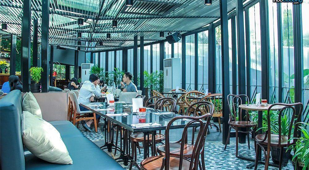 Tempat Makan dalam Gedung Perkantoran