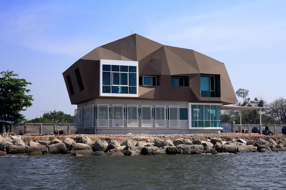 Hasil Karya Arsitek Indonesia