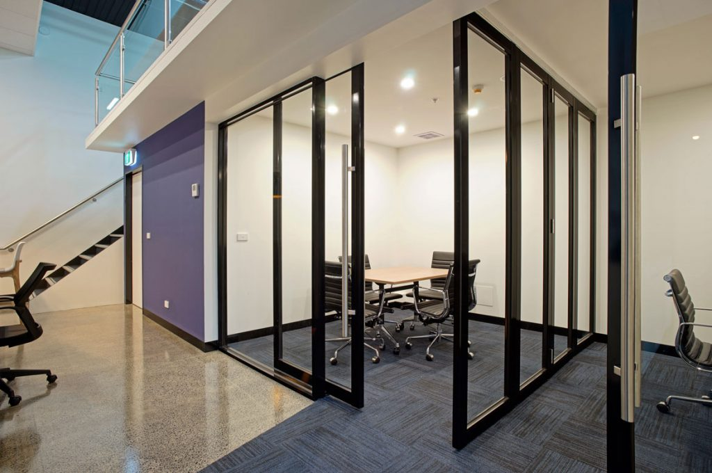 glass office partitions icon interiors 03
