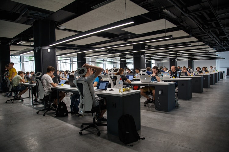 Kelebihan Dan Kekurangan Desain Tata Ruang Kantor Terbuka