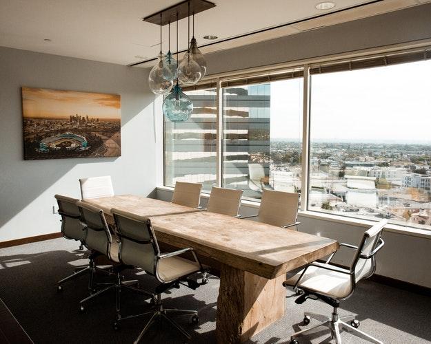 9 Contoh Desain Ruang Meeting Keren Sesuai Psikologi Ruang