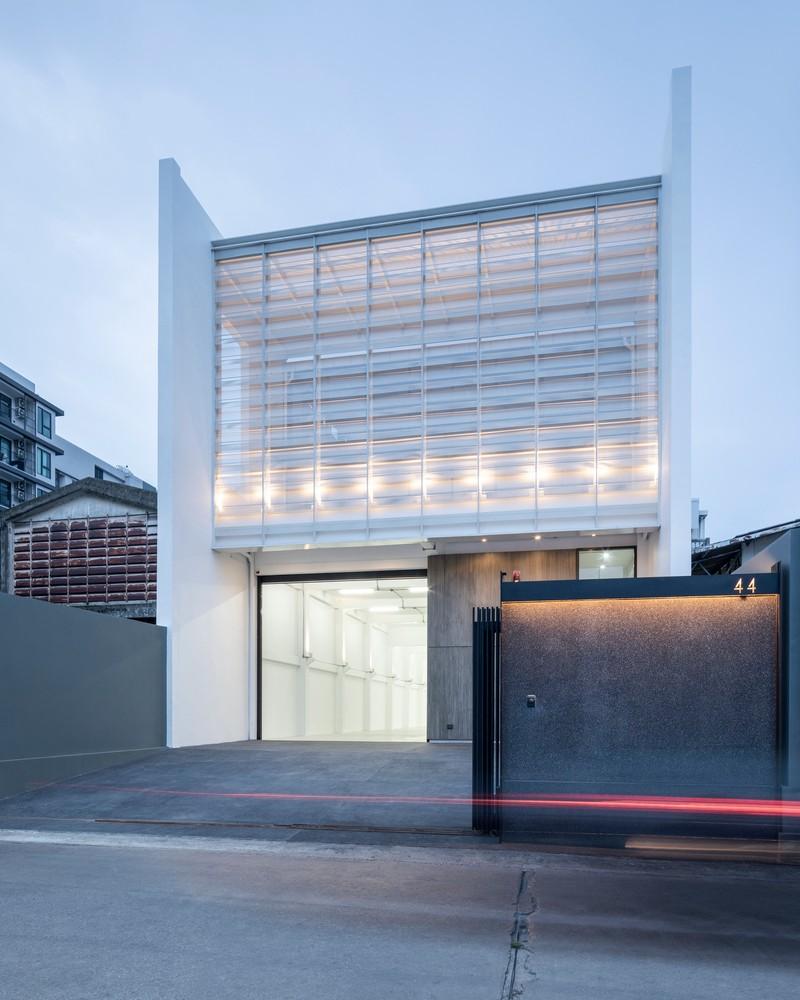 Bisa Ditiru Kreatifnya 3 Gedung Ini Dari Gudang Disulap Jadi Kantor Artikel Sewa Kantor Cbd