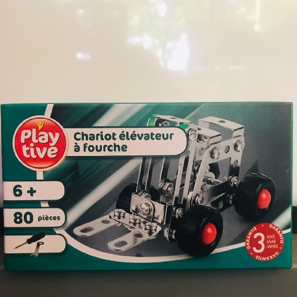 Forklift 80 pieces play tive