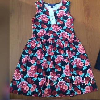 Girl's dress (flower)